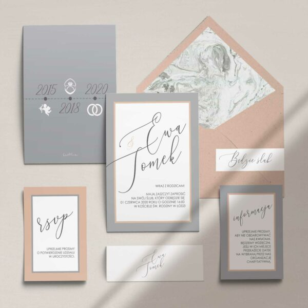 Zaproszenia ślubne wraz z kopertą, RCVP oraz opaską z kolekcji Baśniowa szarość firmy Cartolina - zaproszenia ślubne