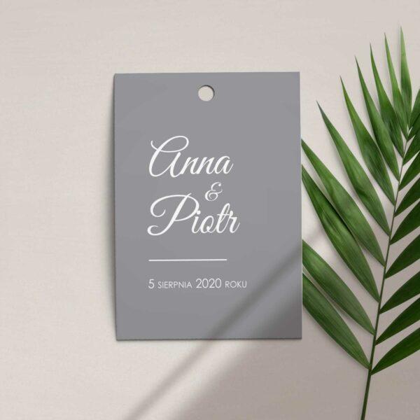 Zawieszka, etykieta na butelkę lub prezent z kolekcji Złoty brokat firmy Cartolina - zaproszenia ślubne