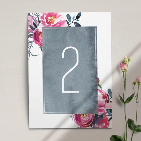 Numer na stół ślubny z kolekcji Fuksja firmy Cartolina - zaproszenia ślubne
