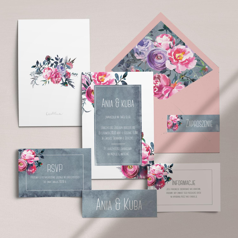 Nowoczesne zaproszenia ślubne z motywem kwiatów wraz z kopertą, RCVP oraz opaską z kolekcji Fuksja firmy Cartolina - zaproszenia ślubne
