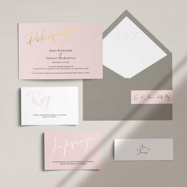 Delikatne zaproszenia ślubne, wraz z kopertą, RSVP oraz opaską z kolekcji Słodkie złoto firmy Cartolina - złote zaproszenia ślubne