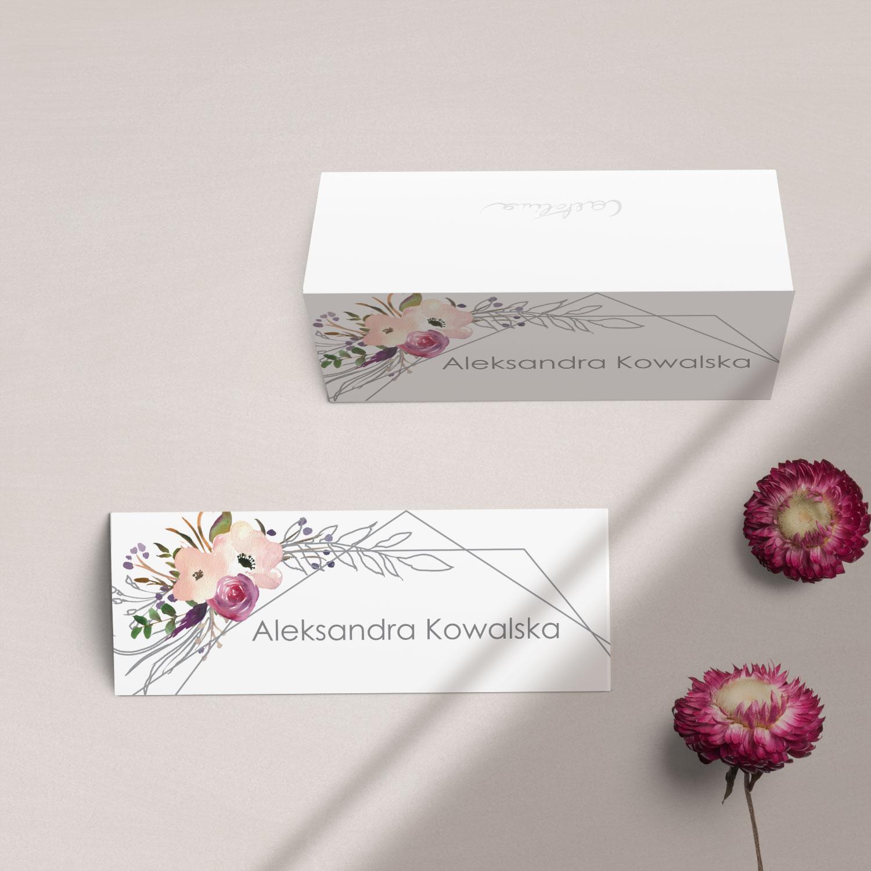 Winietki na stół z kolekcji Kreska i kwiaty firmy Cartolina - zaproszenia ślubne